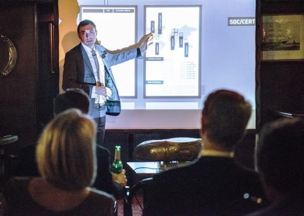 Cyber Simulation mit Professor Marco Gercke
